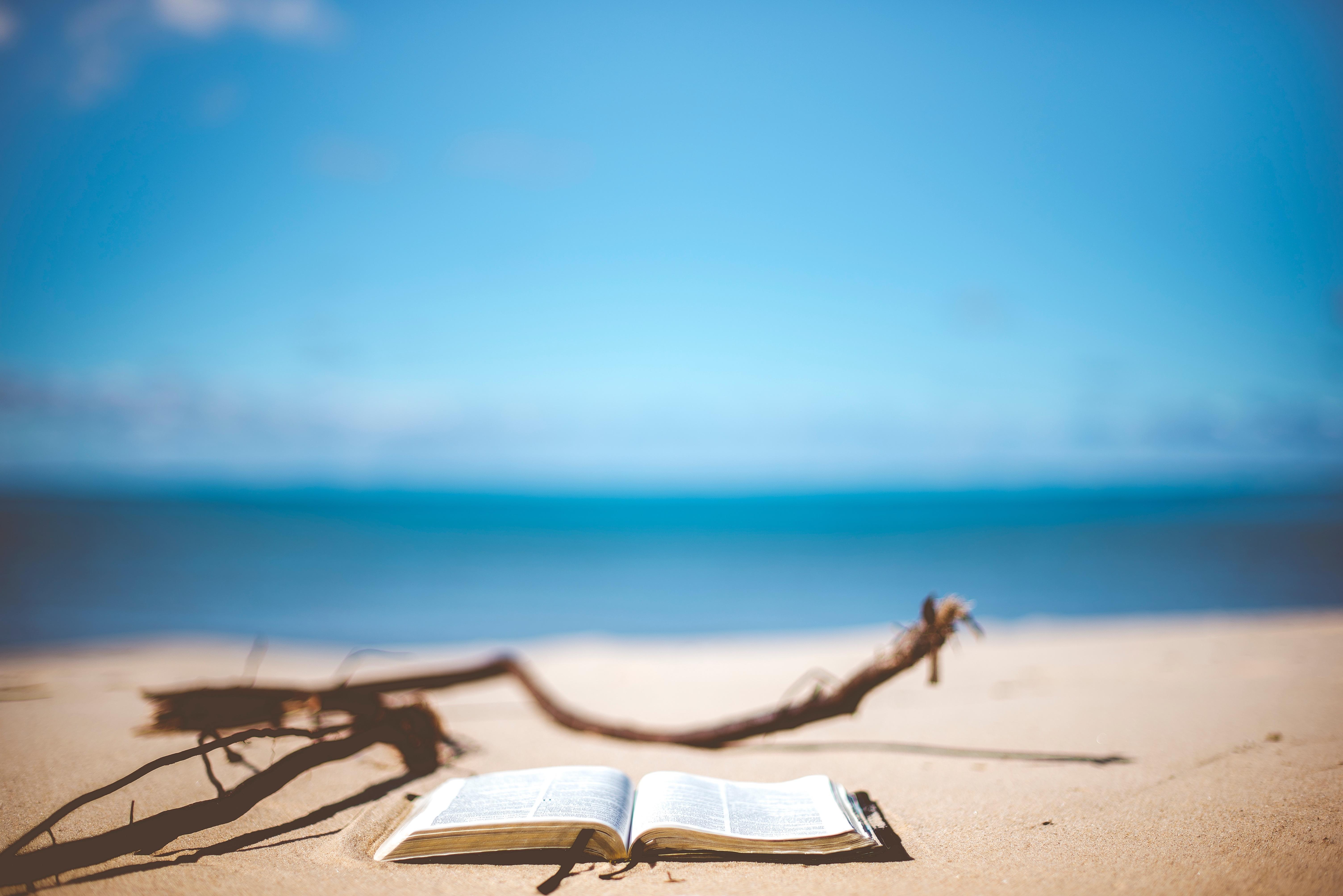 book-on-beach